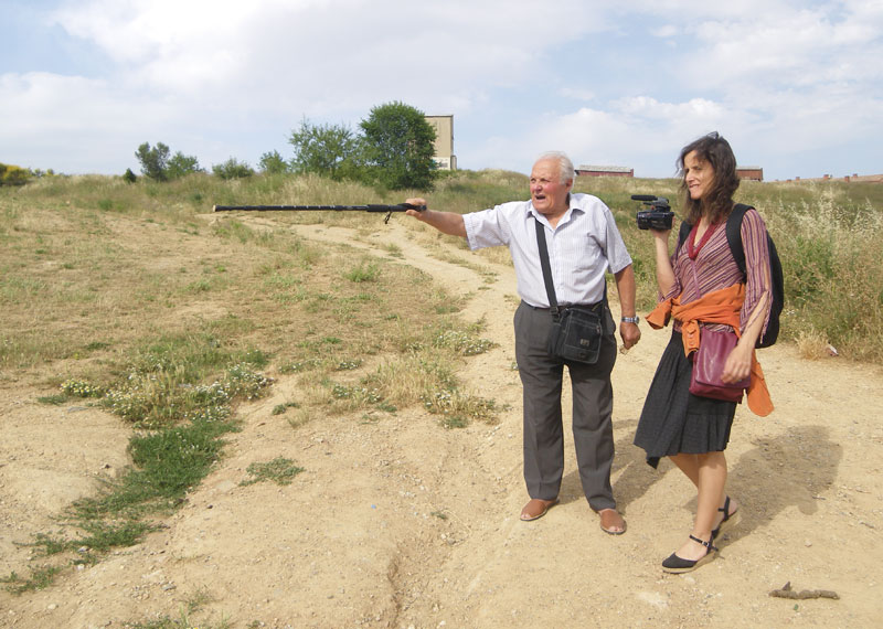 J D, nos indica dónde estaba la granja de su familía expropiada para la construcción de la biblioteca